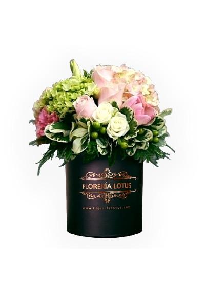 Box de rosas y hortencias