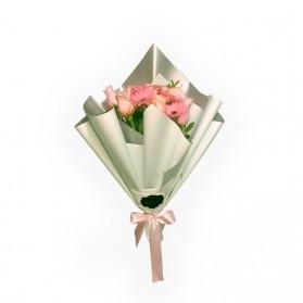 Ramo de rosas hermosas